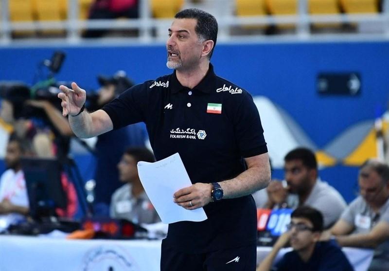 عطایی: اردوی 40 روزه تیم ملی والیبال برای تورنمنت 10 روزه منطقی نیست