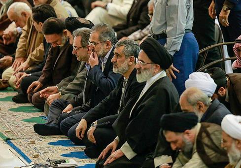حضور سردار حاجی زاده در نماز جمعه تهران