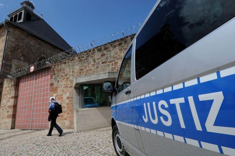 پلیس آلمان: حمله تروریستی به 10 مسجد خنثی شد
