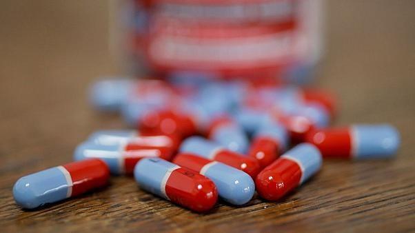 داروهایی که شرایط بیماران کرونایی را وخیم تر می کند کدامند؟
