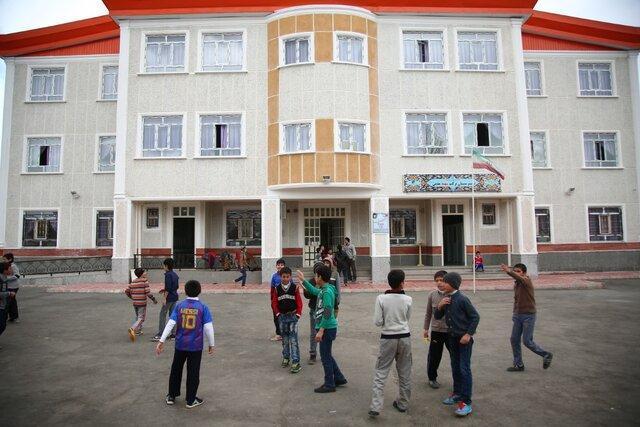 سال گذشته 32 مدرسه توسط خیران در لرستان ساخته شده است