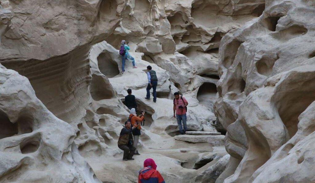 دره ستارگان قشم جاذبه ای مرموز با قدمت 2 میلیون ساله