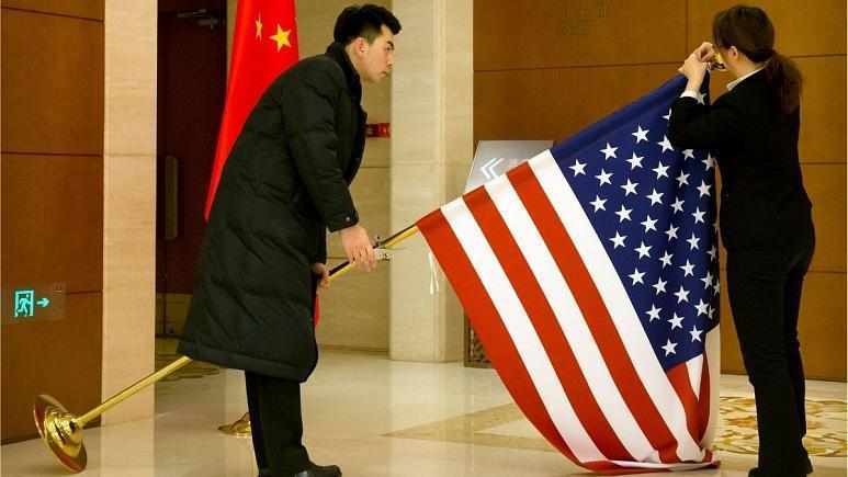 چین در اقدامی متقابل برای دیپلمات های آمریکایی محدودیت وضع می نماید