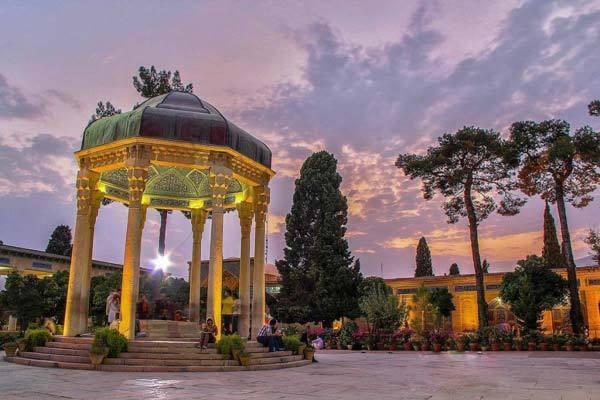 8 سوغات معروف شیراز