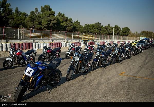 جلسه شائبه برانگیز یک کاندیدای انتخابات فدراسیون موتورسواری و اتومبیلرانی در مشهد، خرج این مراسم از کجا تامین می گردد؟