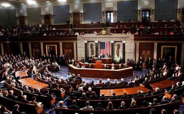 تصویب بسته اقتصادی 1.9 تریلیون دلاری آمریکا در مجلس نمایندگان خبرنگاران
