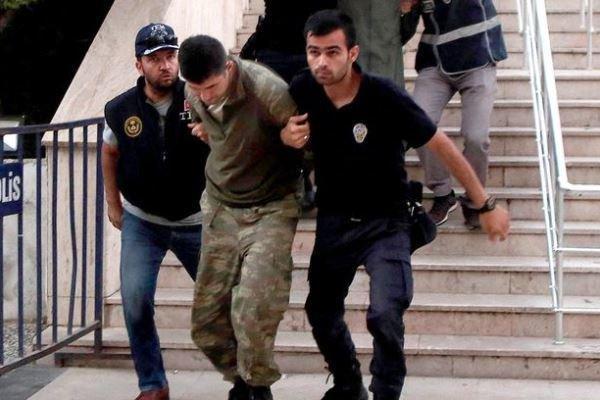 ترکیه 130 نظامی را به ظن ارتباط با جنبش گولن بازداشت کرد