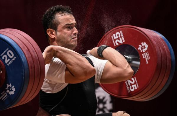 سهراب مرادی المپیک توکیو را از دست داد، مصدومیت بدموقع زیر وزنه 170 کیلوگرم