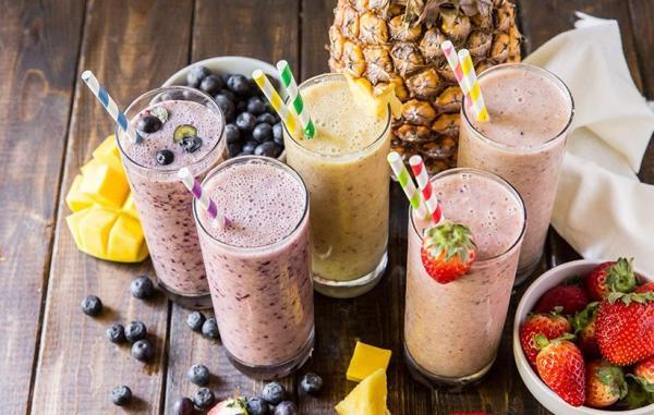 طرز تهیه 5 اسموتی تابستانی لذیذ و مقوی برای روزهای گرم