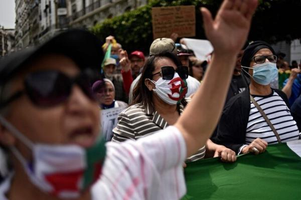 الجزایر محدودیت هایی برای اعتراضات هفتگی وضع کرد