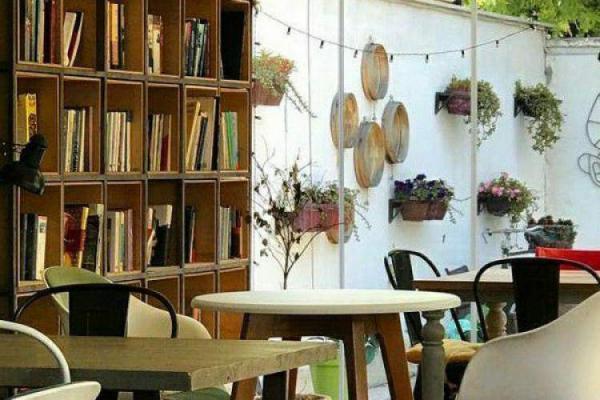 تاسیس 5 کافه کتاب تازه در مهرشهر و عظیمیه کرج
